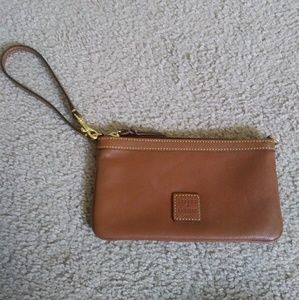 NWOT Dooney and Bourke brown leather wristlet